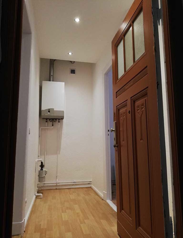 1 zimmer wohnung tempelhof 45 qm teilsaniert berliner wohnungen. Black Bedroom Furniture Sets. Home Design Ideas